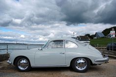 Three-Five-Six Porsche by Chi Bellami || via Flickr