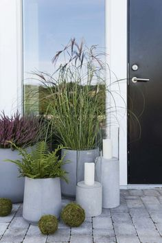 10 Large Planters For The Garden – Award Winning Contemporary Concrete Planters and Sculpture by Adam Christopher Grass Flower, Flower Pots, Large Planters, Decoration Plante, Concrete Planters, Ornamental Grasses, Garden Pots, Terrace Garden, Vegetable Garden