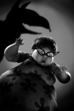 Los personajes de 'Frankenweenie'  LA MAMÁ DE BOB