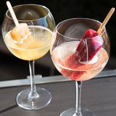 You'll Be Drinking These Prosecco Popsicles All Summer Long