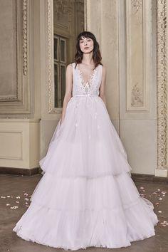 Harper Wedding Gown #HarperWeddingGown #OtiliaBrailoiuAtelier #weddingdress #AnUntoldPoem