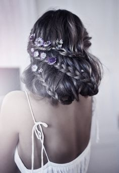 Flower child. Such a lovely braided style.