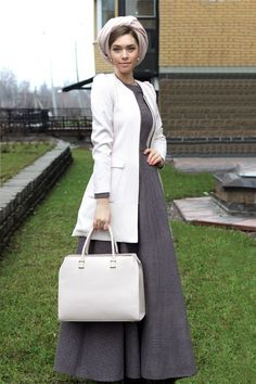 Modest fashion does not mean shabby! Fashion tips (and a fre… Katerina Dorokhova. Modest fashion does not mean shabby! Fashion Tips (and a Free … – Headwear and Fashion – # Modesty Fashion, Muslim Fashion, Hijab Fashion, Fashion Dresses, Turban, Modest Dresses, Modest Outfits, Hijab Style, Fashion Models