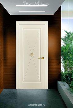 Элитная крашенная межкомнатная дверь Classic. Межкомнатные двери на заказ в Москве