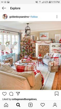 Simple Christmas, Christmas Tree, Christmas Decorations, Holiday Decor, Mid-century Modern, Sweet Home, Shabby Chic, Gallery Wall, Minimalist