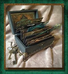 Jools Robertson: Guest Designer at A Vintage Journey Memories box