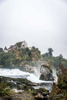 Rheinfall Schaffhausen Places Ive Been, Places To Go, Reisen In Europa, I Want To Travel, Homeland, Wonderful Places, Serenity, Road Trip, Europe