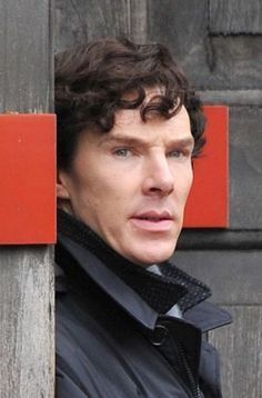 #setlock Not spoilery but he does look quite unhappy :( I know the weather was miserable....hate to see him with that face!