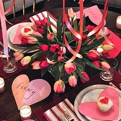 Table setting idea for Valentines Day!