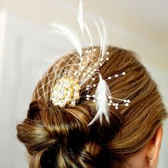 Wedding Hairstyle Ideas : Simple and elegant bridal updo // Gertrude and Mabel Photography // Hair Stylist… Evening Hairstyles, Wedding Hairstyles, Southern Charm Wedding, Bridal Hair Updo, Wedding Updo, Elegant Updo, Creative Hairstyles, Brides And Bridesmaids, Bridal Looks
