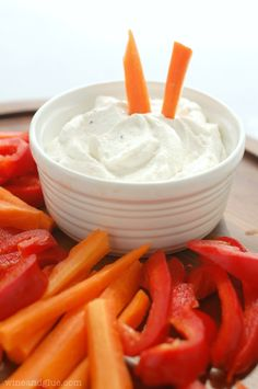 Two Ingredient Skinny Veggie Dip | www.wineandglue.com | A really easy and flavorful veggie dip that's light on calories and big on taste!