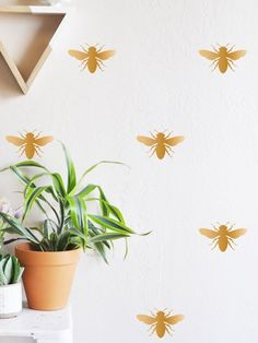 Renters Solutions: Get the Wallpaper Look Without the Commitment | Apartment Therapy
