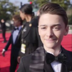 Noah Schnapp at Golden Globes 2018