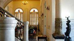 Una estancia en el Hotel San Miguel debe ser muy similar al privilegio de hospedarse en la mansión privada de alguien, todo un gusto para aquellos que prefieren los lugares pequeños e íntimos