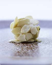 marcipan with white chocolate Christmas Candy, Xmas, Rocky Road, White Chocolate, Treats, Dessert, Snacks, Vegetables, Sweet