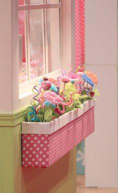 kinderzimmer dekorieren mädchenzimmer deko blumen gardinen