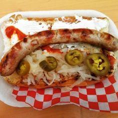 Seattle, EE.UU. — Seattle dog. | 16 Deliciosos hot dogs alrededor del mundo que necesitas conocer