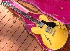Gibson ES-335 guitar Gibson ES335 guitar info thinline electric archtop vintage 1958 to 1965 dot neck block marker