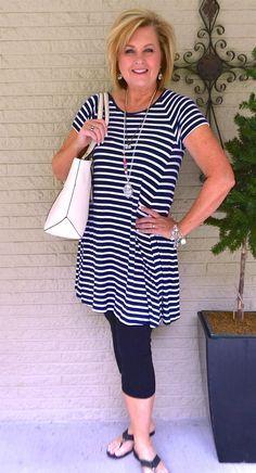 Resultado de imagen para outfit mujer sofisticada y elegante 48 años