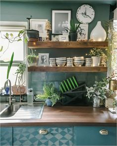 3-reasons-to-love-filtered-tap-water-water2buy Diy Projects On A Budget, Easy Diy Projects, Design Projects, Design Ideas, Pink Hallway, Dark Green Kitchen, Dado Rail, Interior Styling, Interior Design