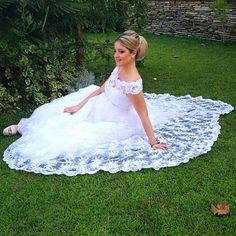 Ευαγγελία σου ευχόμαστε μια όμορφη ζωή❤️ #noviabellaweddings #wedding #weddingdress #fashion #bride Girls Dresses, Flower Girl Dresses, Brides, Wedding Dresses, Flowers, Fashion, Bride Dresses, Moda, Dresses For Girls