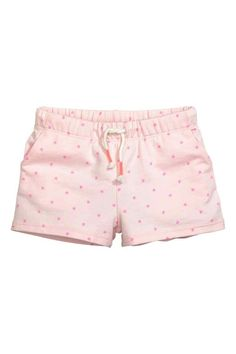 Shorts in an organic cotton blend with an elasticated drawstring waist and side pockets. Fashion Kids, Little Girl Fashion, Cute Girl Outfits, Toddler Outfits, Kids Outfits, Kids Clothes Sale, Cute Baby Clothes, American Girl Furniture, Skirts For Kids