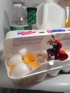 "Thor helping out. | 22 Pictures That Only Fans Of ""The Avengers"" Will Find Funny"