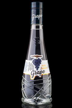 Grape Salute Vodka on Packaging of the World - Creative Package Design Gallery Label Design, Branding Design, Package Design, Grape Vodka, Wine Collection, Sparkling Wine, Packaging Design Inspiration, Wines, Vodka Bottle