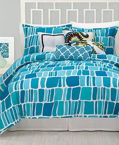 OMG I just fell in love with this duvet for my beach theme bedroom