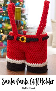 Santa Pants Gift Holder free crochet pattern in Super Saver.