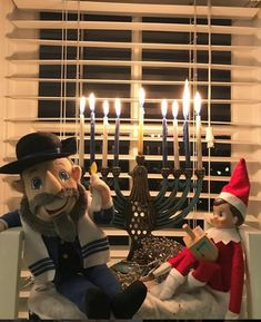 Spread the love Mensch On A Bench, Elf On The Shelf, Christmas Fun, Holidays, Holiday Decor, Ideas, Home Decor, Holidays Events, Decoration Home