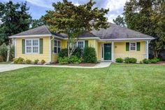 707 Glenarthur Dr Wilmington, NC 28412       MLS: 527723     Bedrooms: 3     Baths: 2     Partial Baths: 0     SQ FT: 1614     Lot Size: .25     Style: Ranch     Heat Source: Electric     Schools: New Hanover (Elementary School: Anderson; Middle School: Murray; High School: Ashley)
