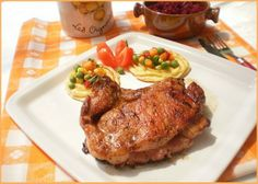 Cotlet de porc cu ananas Romanian Food, Carne, Steak, Chicken, Cooking, Pork, Baking Center, Kochen, Steaks