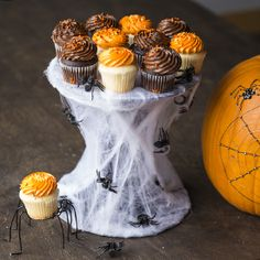 This cobweb cupcake stand is perfect for your Halloween party table.