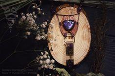 Thistle Медное колье с кабошоном лабрадора, бусинами аметиста, яшмы и кокоса. Кристалл из эпоксидной смолы, внутри кусочки зеркала и чертополох. Длина кулона 14см, длина цепочки 55см.