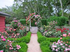 A cottage garden can incorporate quirky or funny ideas, like painted signs, that would not go with a more formal garden concept. The cottage garden projects Backyard Garden Landscape, Diy Garden, Garden Projects, Fenced Garden, Modern Backyard, Large Backyard, Garden Pool, Spring Garden, Cottage Garden Borders
