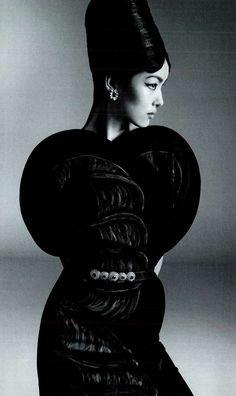 ETRO as featured in Vogue Italia - January 2013 #sculptedsillouettes #vogueItalia