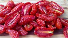 How to make your own oven-dried grape tomatoes. Get sun-dried tomato results in a much shorter amount of time by drying them in your oven. Make Sun Dried Tomatoes, Slow Roasted Tomatoes, Eat Seasonal, Canning Recipes, Oven Canning, Dehydrated Food, Cooking On A Budget, Food Waste, Food Hacks