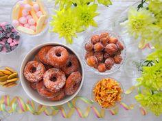 #vappu #munkit Doughnut, Desserts, Food, Tailgate Desserts, Deserts, Eten, Postres, Dessert, Meals