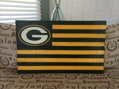 NFL Green Bay Packers Reclaimed Pallet Flag #fortheloveofpallets www.facebook.com/fortheloveofpallets.tx