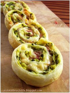 Sebzeli nefis tarif hem pratık hem lezzetli sebzeli rulo dilimleri Yummy recipe with vegetables both practical and delicious vegetable roll Antipasto, Finger Food Appetizers, Appetizer Recipes, Easy Cooking, Cooking Recipes, Fingers Food, Appetisers, I Foods, Food Inspiration