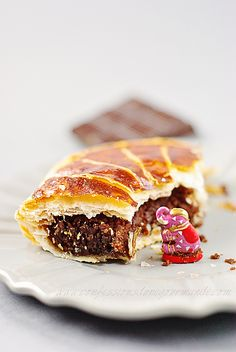 Sweet Sundays, Flaky Pastry, I Love Chocolate, French Food, Just Desserts, Pop Tarts, Cupcake Cakes, Sweets, Ethnic Recipes