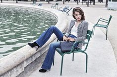 What would Parisian style be without flare jeans? #stockalovesparis
