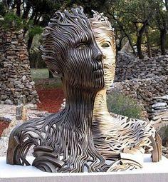 Gil Bruvel sculpture (15 fotek)