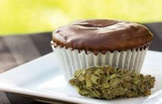 "The American Cannabis ""Romulan"" Ho-Ho Cupcake"