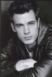 William Gutiérrez Levy es de Cojimar, Cuba. William está en la película Retazos de Vida. Me gusta William porque él es muy guapo.