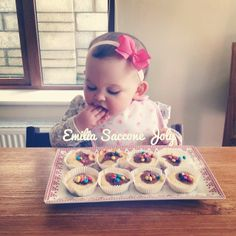 @kubekk20  (this is from Emilia's pov) My mommy said you are very sick so I made you yummy cupcakes with m&ms. Feel better auntie! (She calls you auntie)
