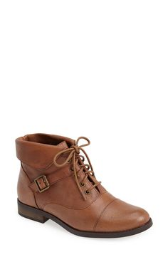 Ideal go-to brown boot.