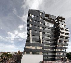 Amazing Cobra Like Solar Building By Zechner U0026 Zechner   Solar And Building Gallery