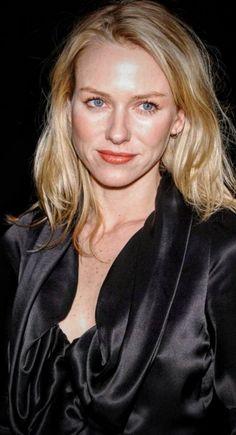 Naomi Watts, Amazing Amy, Aimee Teegarden, Beautiful People, Beautiful Women, Classic Beauty, Soft Classic, Catherine Zeta Jones, Emily Blunt